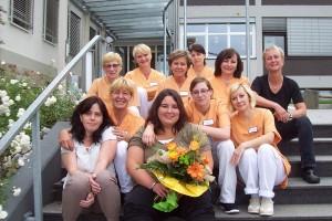 Melanie Kühl hat ihre Abschlussprüfung zur Hauswirtschafterin bestanden. Das Team vom Kaiserin-Auguste-Victoria-Krankenhaus gratuliert: Alles Gute liebe Melanie!